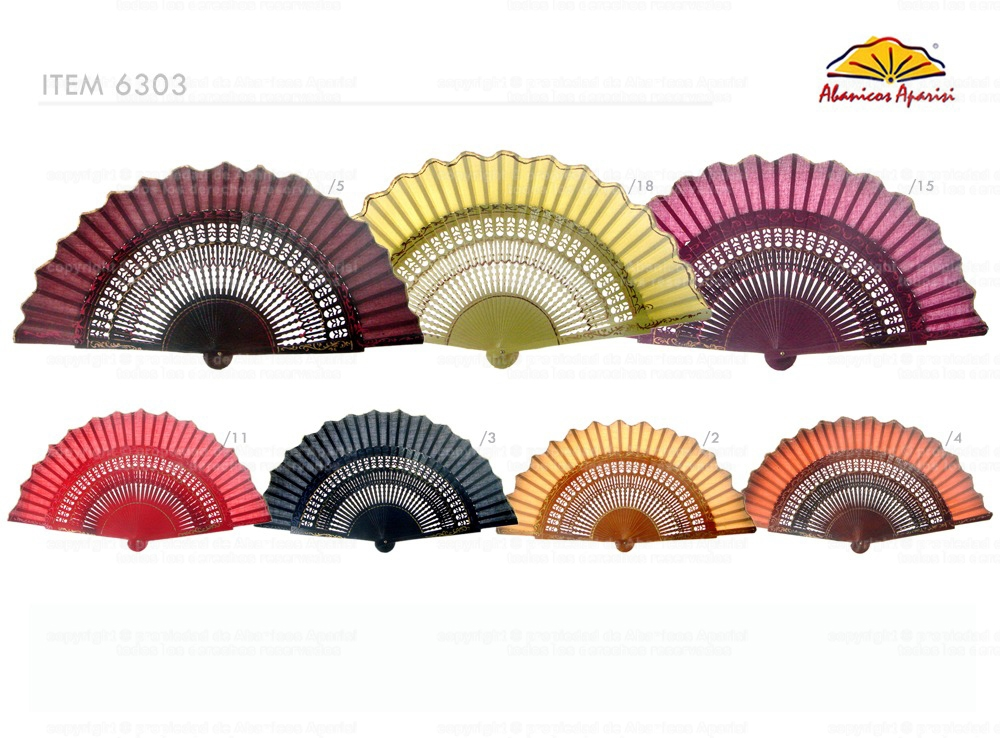 6303/11 – shaped wooden fan hand painted