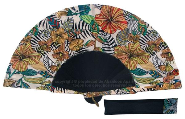 8064 – Handcrafted Wooden Fan