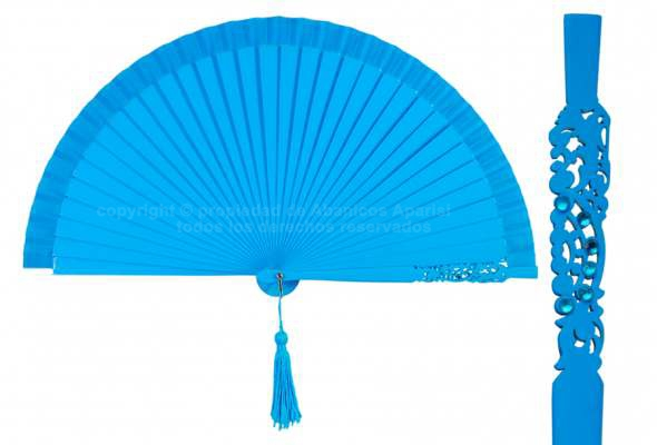 95 – Plain wood fan with pom-pom