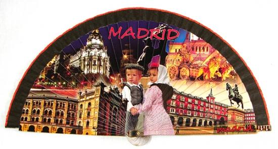 60221 – wooden Madrid fan
