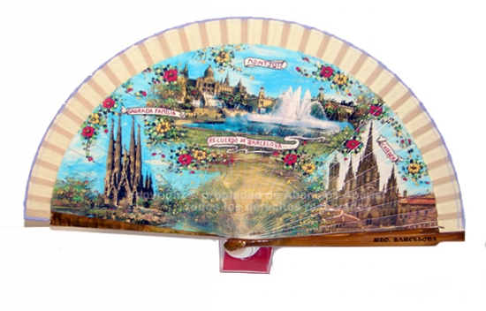 64062 – Wooden fan Barcelona including individual box with the same decoration