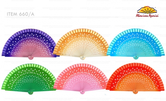 660/A – wooden handbag fan with heart shaped fretwork and degraded color effect