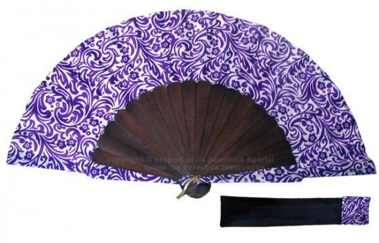 8013 – Handcrafted Wooden Fan